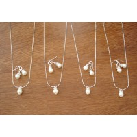 Simple & Elegant Pearl Bridesmaid Jewelry Gifts - Necklace and Earrings